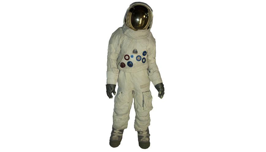 apollo space suit rental - photo #7